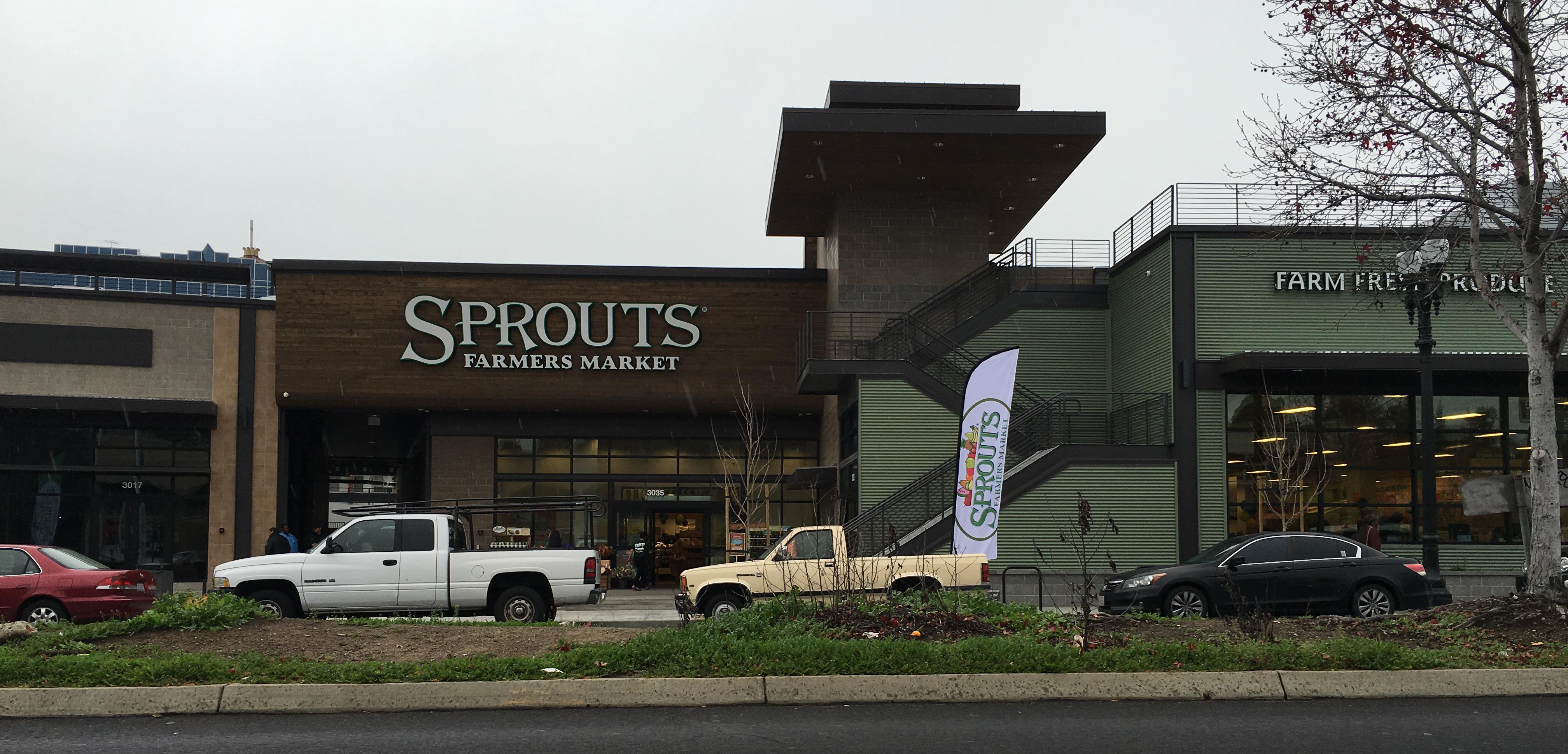 Sprouts Facade